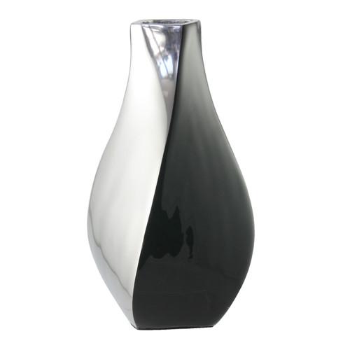 Black 23cm vase