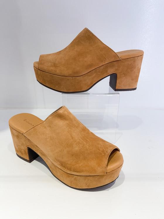 Garnet Heel - Tan