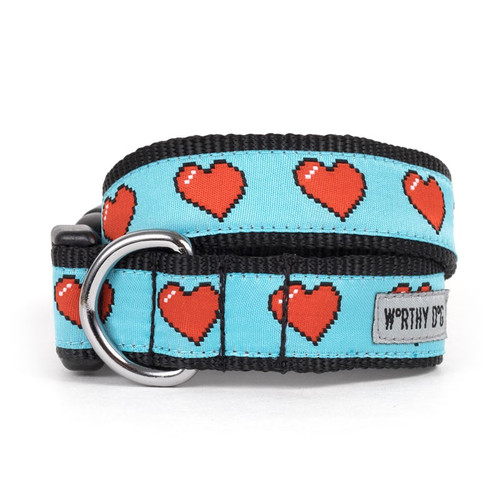 Graphic Hearts Dog Collar