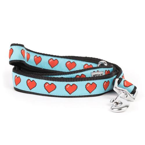 Graphic Hearts Dog Leash