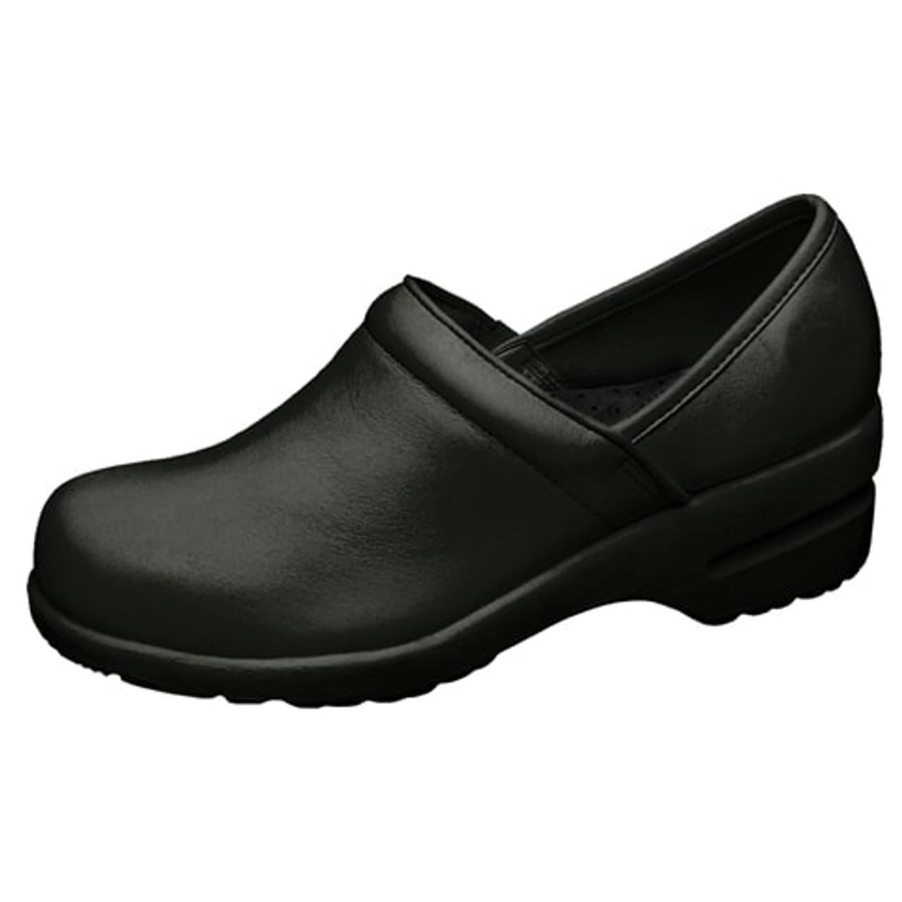 Cherokee Nursing Shoe