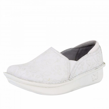 Debra Morning Glory White Shoe