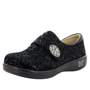 Joleen Interlockin' Black Professional Shoe