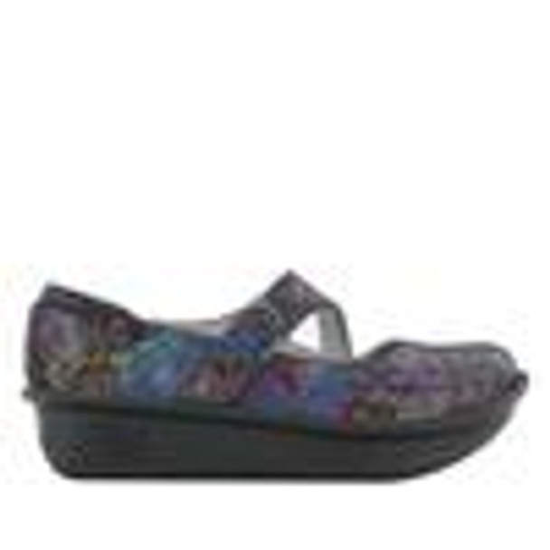 Dayna Beauty Blur Professional Shoe side