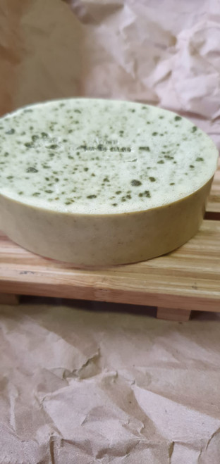 Neem Soap/Savon Lila: Treats acne, heals scars left by acne. Help control oily skin. Moisturizes skin. Exfoliates skin. Anti aging properties. Shrinks large pores.  Compositions: Shea Butter, neem Powder,Neem oil, Olive oil,tulsi oil, Glycerine, vitamine E,     1. Neem acne and blemish clearing face pack: Take about 2 teaspoons of neem powder. To this, add 2 teaspoons of pure rose water and mix well. Then add 1 teaspoon of lemon juice and slowly mix to obtain a smooth paste. Lemon juice is known to lighten skin and reduce blemish marks on the skin. It also contains citric acid which is quite effective for treating acne and pimples. Rose water also has antibacterial and antiseptic properties which eventually cure acne. Apply this paste all over your face and gently scrub in circular movements. Keep for 15 minutes and rinse off with cool water.    2. Neem face pack for clear skin: In a bowl, take 2 teaspoons of neem powder. In this, add 1 teaspoon of gram's flour (besan). It revives dull skin, reduces acne and pimples, adds glow to the face and acts as one of the best cleansing agents. Finally add a teaspoon of yoghurt and mix well to form a smooth paste. Apply this pack all over the face and keep for 20 minutes. After the pack dries off, rinse with cool water. Repeat this procedure at least twice a week for clear and smooth skin. 3. Neem face mask for glowing skin: Take a handful of neem powder and tulsi leaves, keep the tulsi leaves under direct sunlight for a day. This would draw out the entire moisture from the leaves thus making them completely dry. Crush the leaves gently to obtain fine powder. Tulsi is known to reduce the appearance of dark spots and blemishes, reduce acne and makes skin health and glowing. Finally add a teaspoon of honey and mix to form a paste. People with oily skin can add a teaspoon of sandalwood powder or multani mitti, which helps to soak the excess oil on the face. Apply this neem pack for face all over and keep for 10-15 minutes and scr