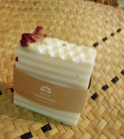 Shea Butter Soap bar  Treats Dark Spots, Treats Acne And Blemishes, Excellent daily skin moisturizer for face and body, Restores elasticity to skin and reduces blemishes and wrinkles   Composition: Shea Butter, Olive Oil, Castor Oil, Glycerine, Vitamin E   Produced by Paulie Organic Care