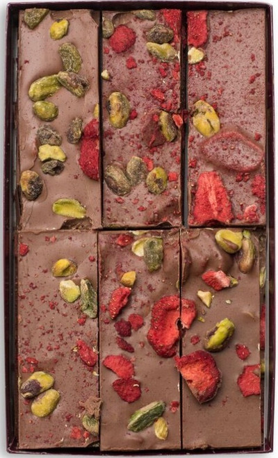 strawberry pistachio bark