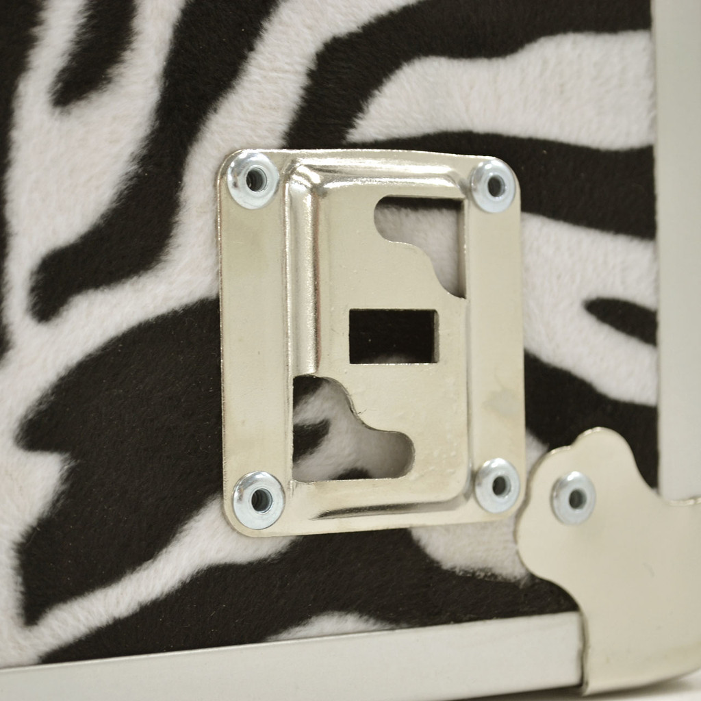 "Rhino XL Zebra Trunk - 34"" x 20"" x 15"" - Wheel Plate"