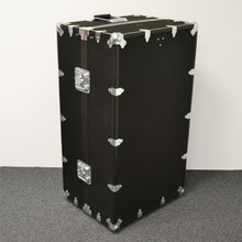 Hanger Wardrobe Trunk - Closed Angle