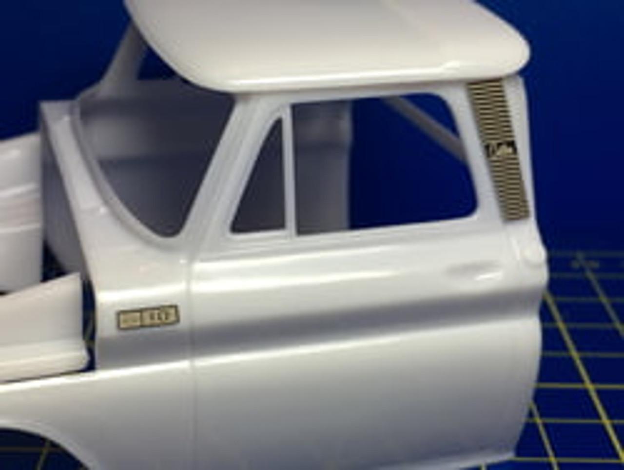 Chevy 1966 Pickup Detail Kit 1/25