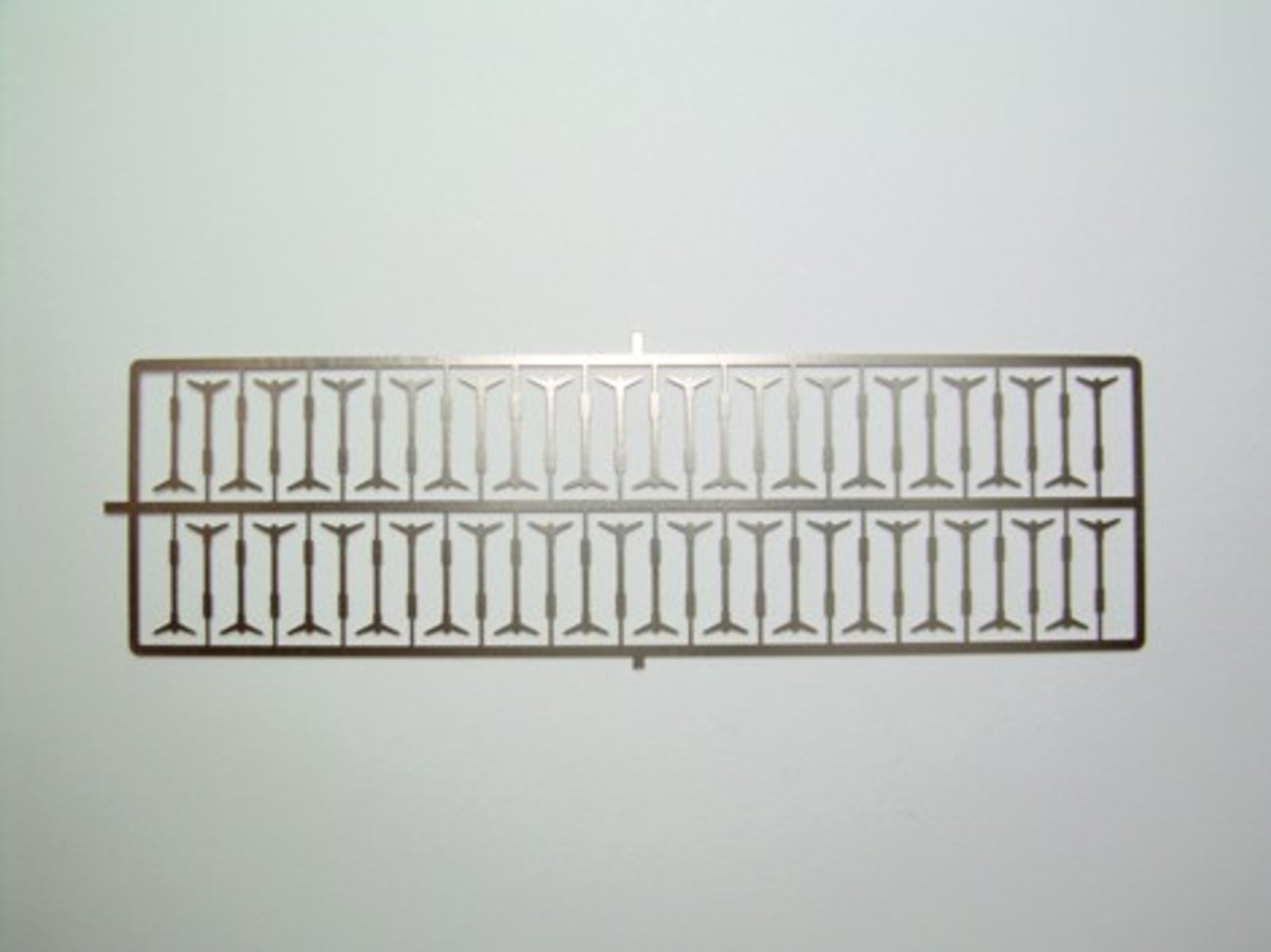 Valve Cover Wing-Bolts, Photoetched 1/25