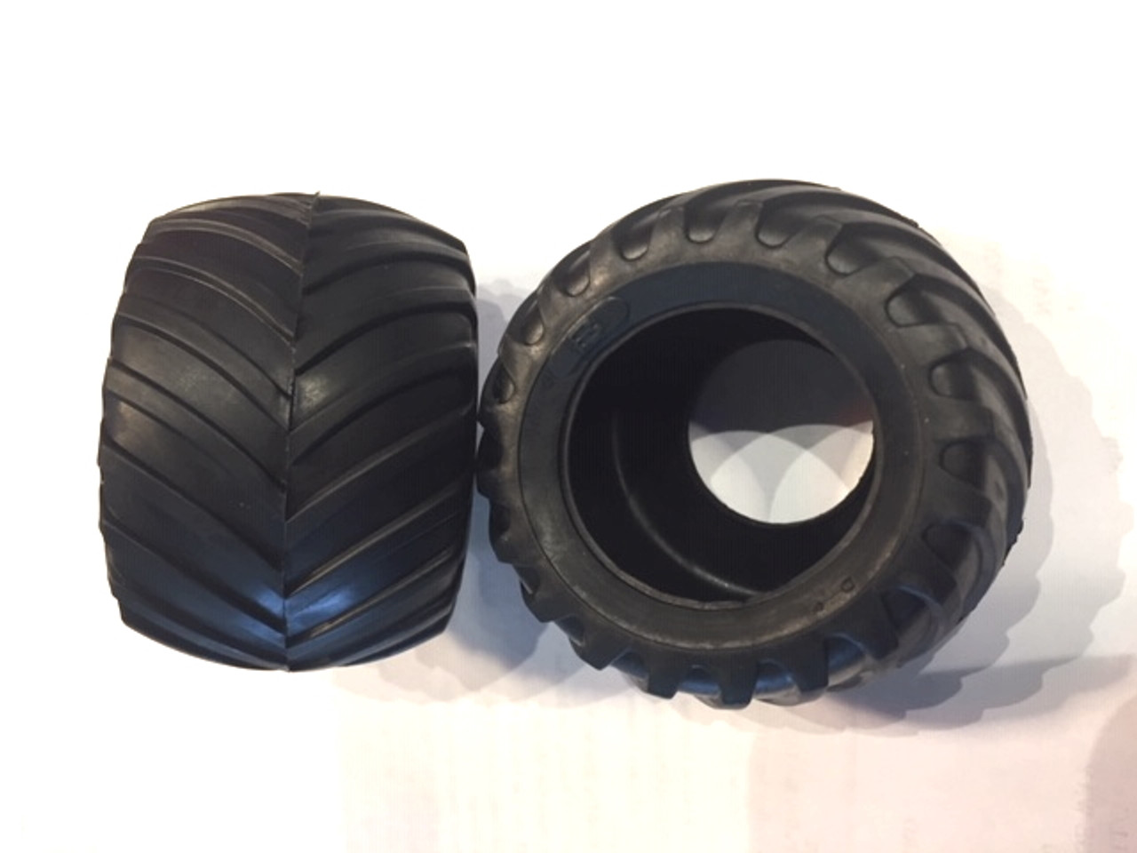 Monster Truck Tire 4-Set 1/25