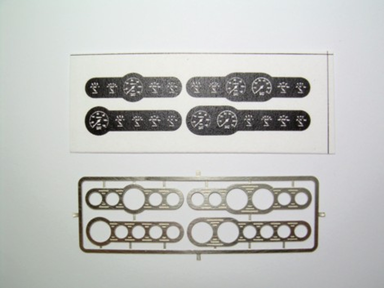 Street Rod Gauges Set #2, Black 1/25