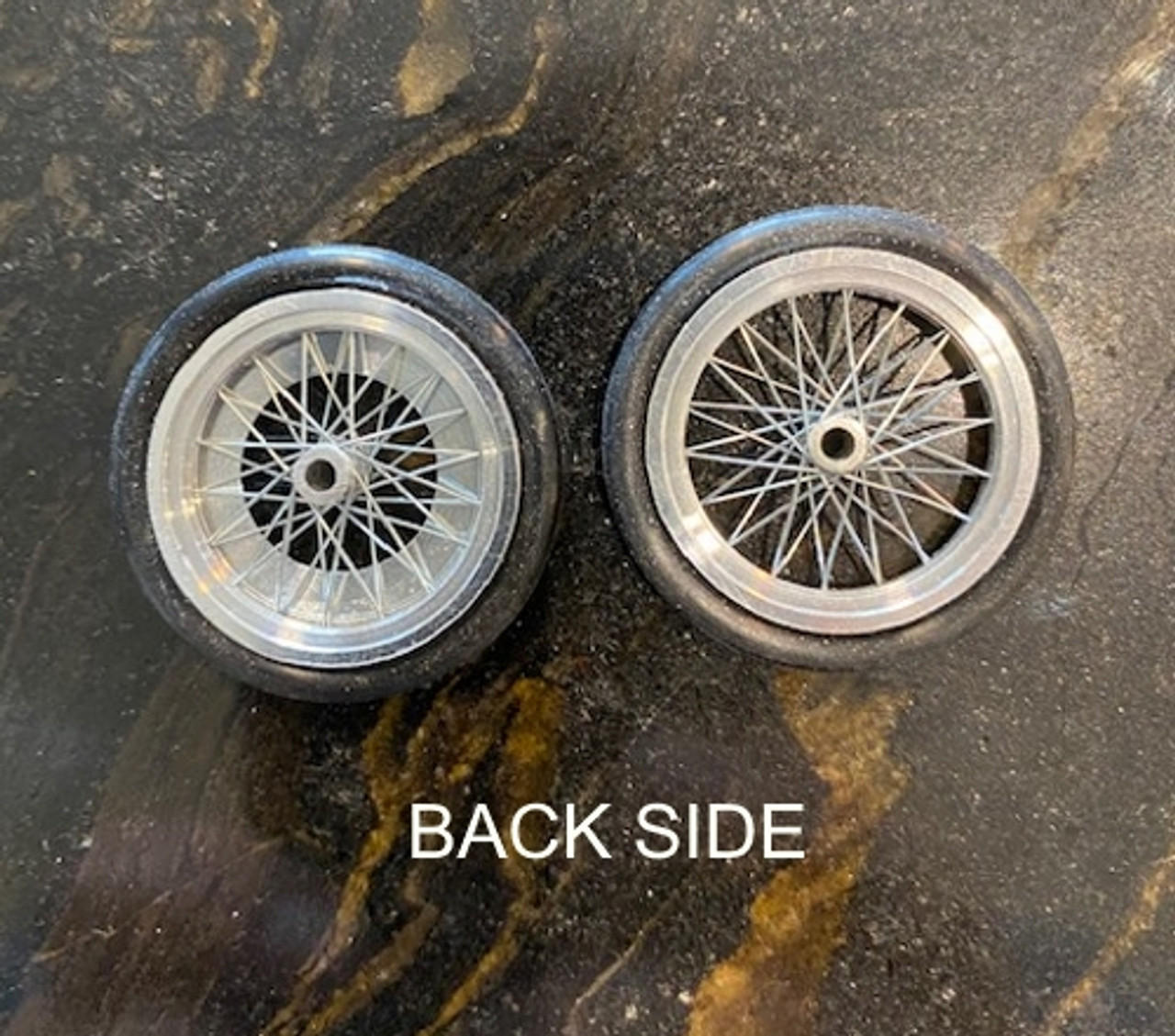 Dragster Wire Wheels with Light Shield 1/16