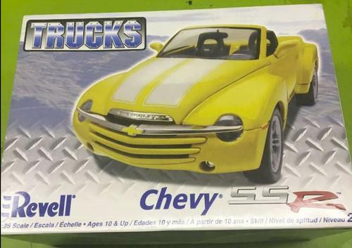 Chevy SSR Kit 1/25
