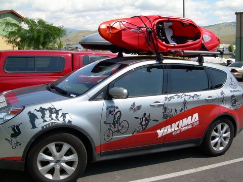 subaru-b9-tribeca-with-yakima-sprocket-rocket-and-sky-box.jpg