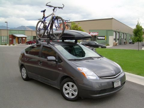 toyota-prius-yakima-q-towers-rack-thule-side-arm-bike-rack-spirit-cargo-box.jpg