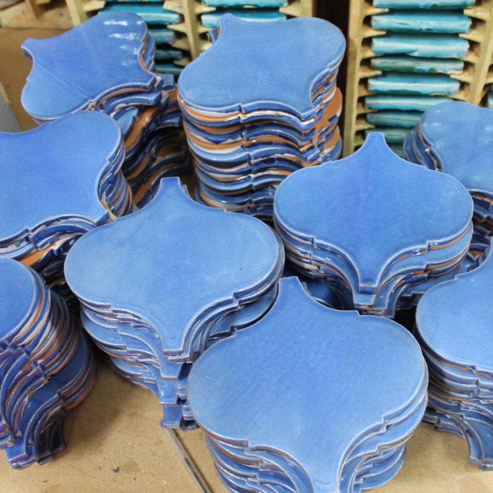 Handmade tiles arabesque [17.3x17cm]