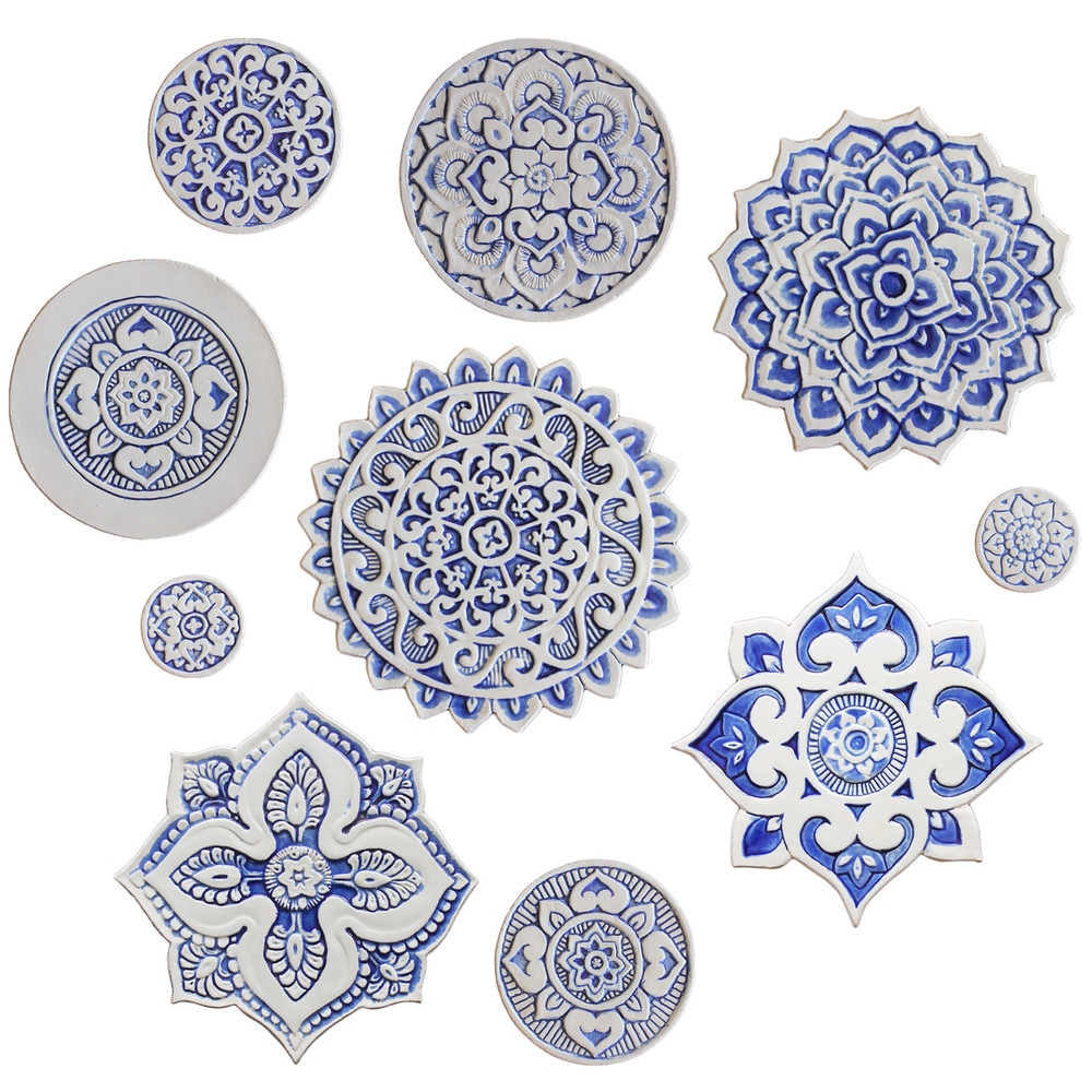 Ceramic wall art - Mandala - Circular Designs  21cm - Blue&White