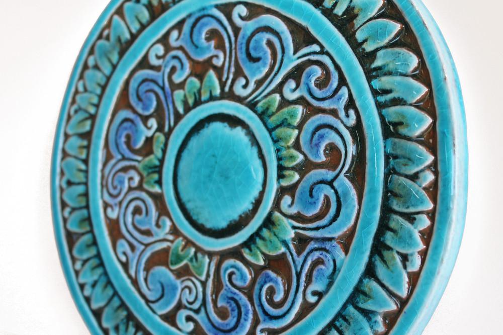 Circular Tile with Swirls - Large - Angle