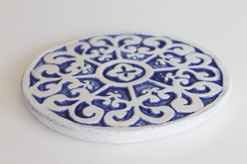 Ceramic wall art - Circular Mandala 15cm - Blue&White - Angle