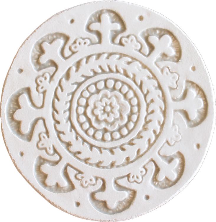 Wall decoration Suzani#1 Circular 15cm -White&Beige
