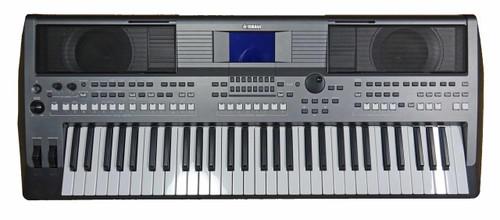 Yamaha PSR-S670 61 Note Arranger Workstation