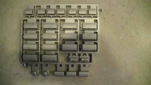 Yamaha PSR-2000 Silver Button Assembly (V7657700)