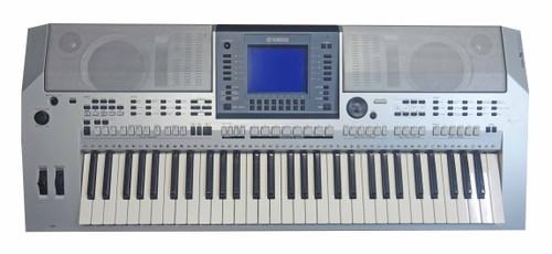 Yamaha PSR-S700 61 Note Arranger Workstation