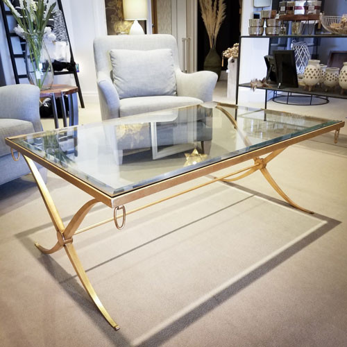 Gorgeous Bernhardt Hollywood Regency Coffee table