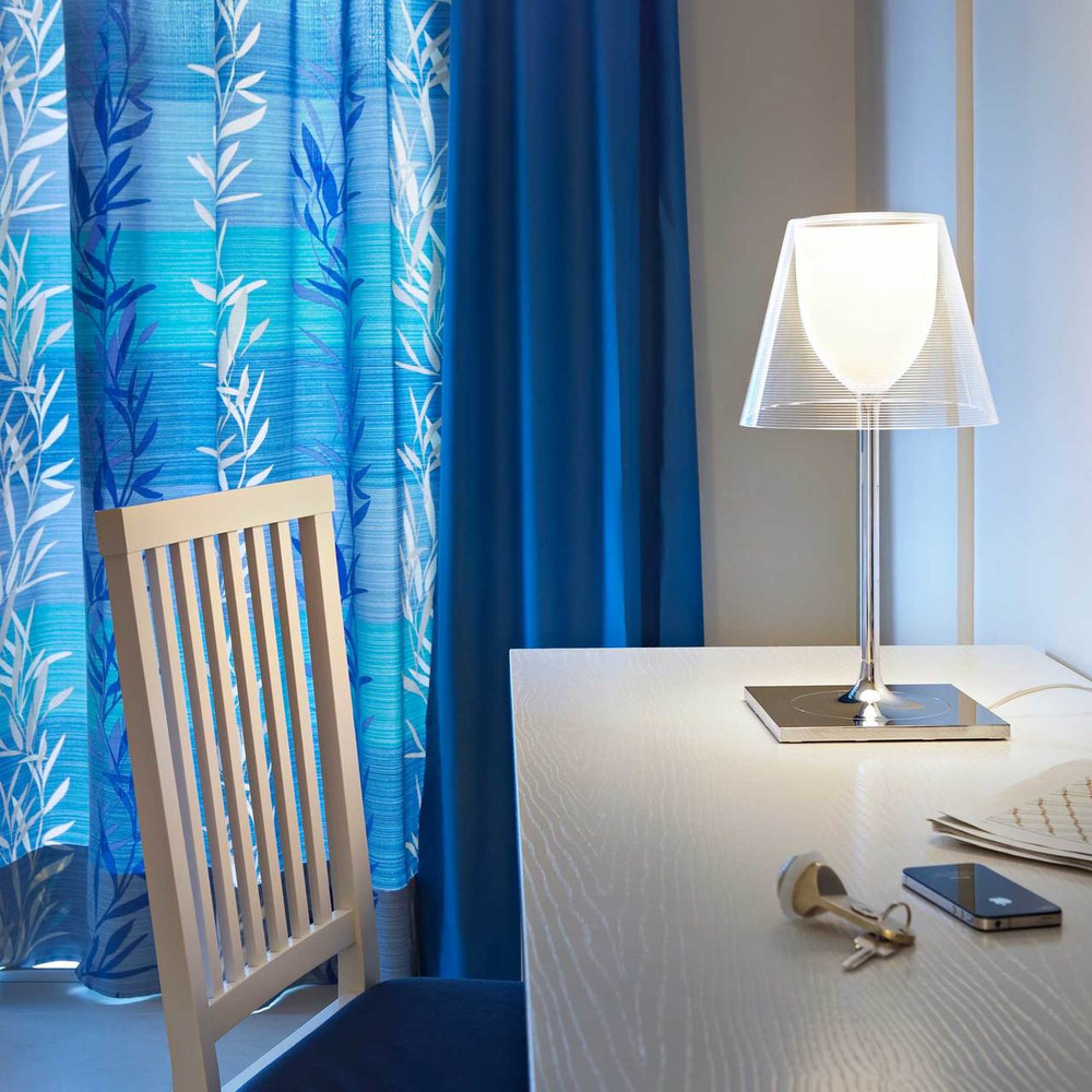 Ktribe T Modern Glass Table Lamp By Philippe Starck Flos Usa