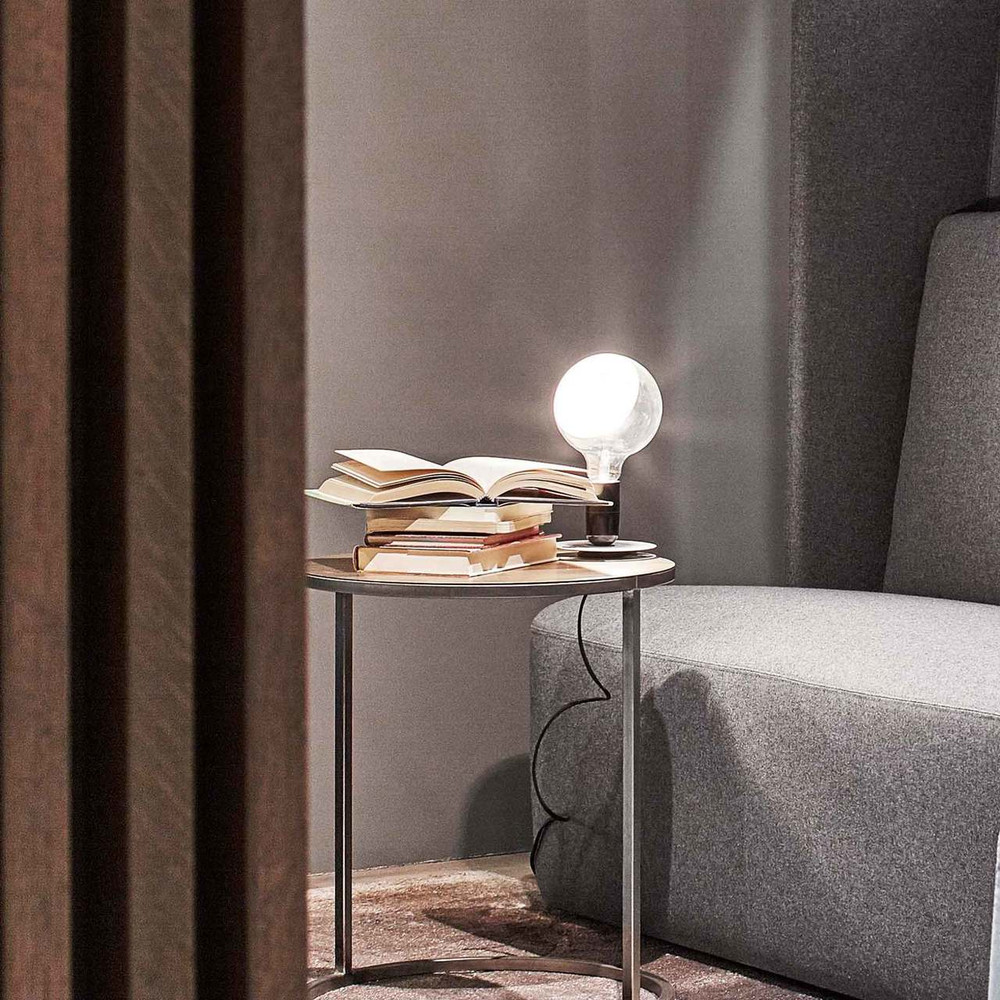 Lampadina - LED Table Lamp in Black or Orange
