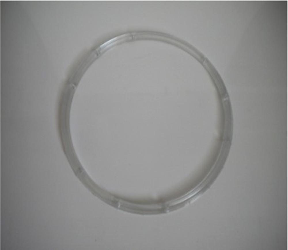 Romeo Moon T plastic ring