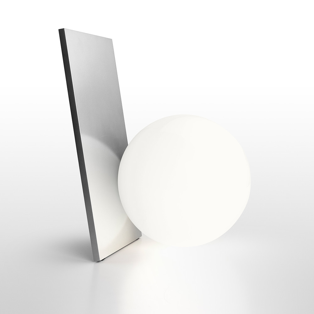 Extra T - LED Dimmable Table Lamp in Silver