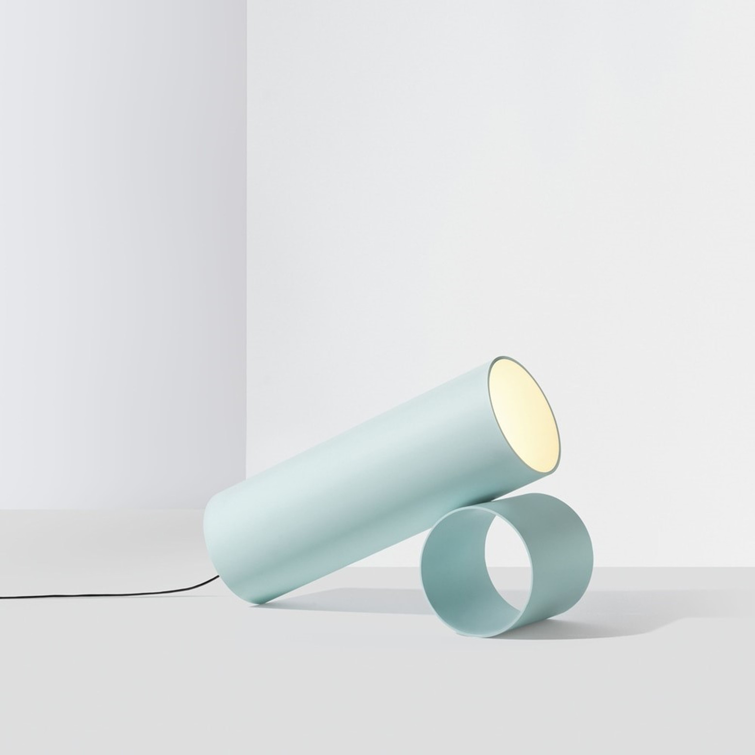Sawaru Modern Floor Lamp by Nendo – A Sight to Behold