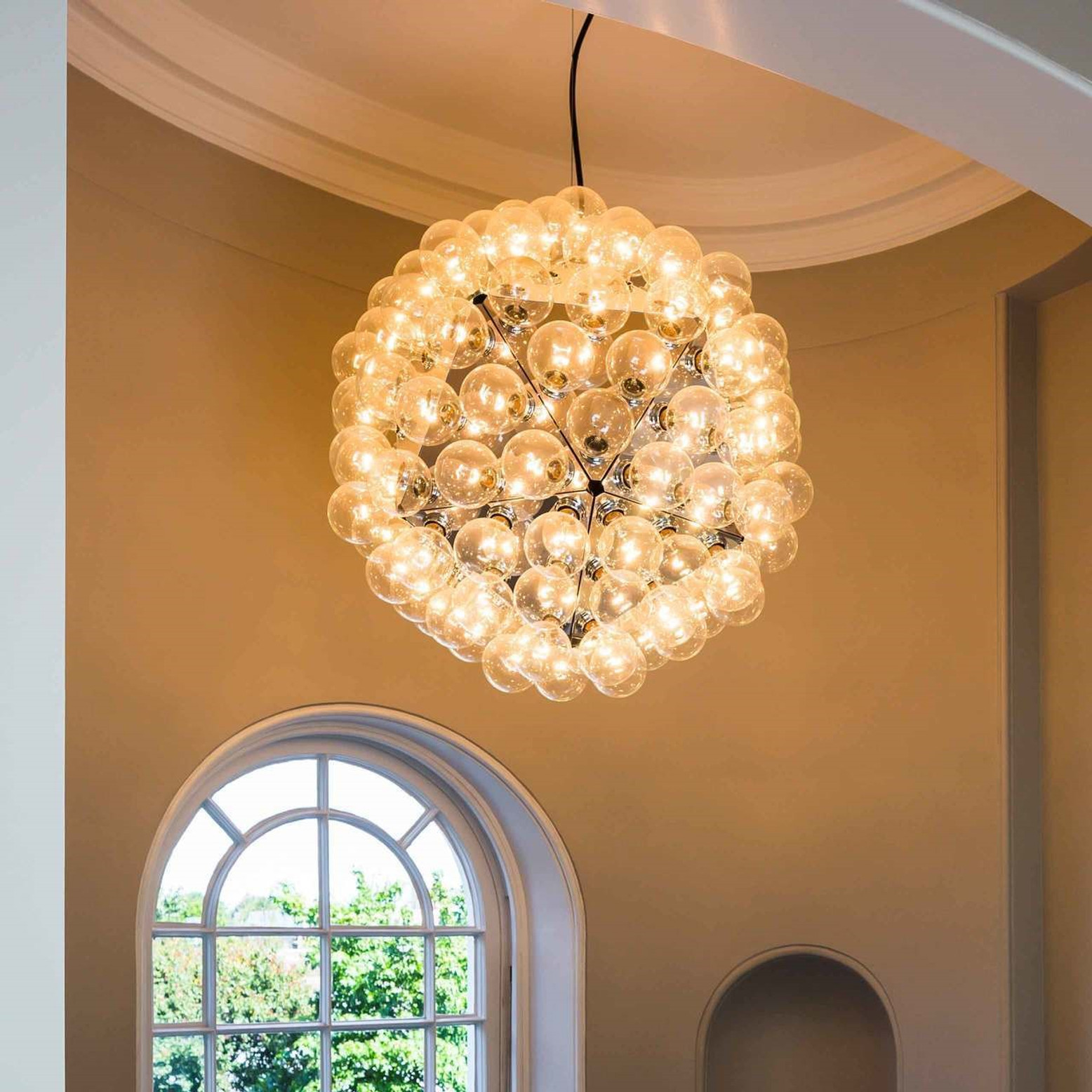 How to Create a Welcoming Foyer with the Right Lighting