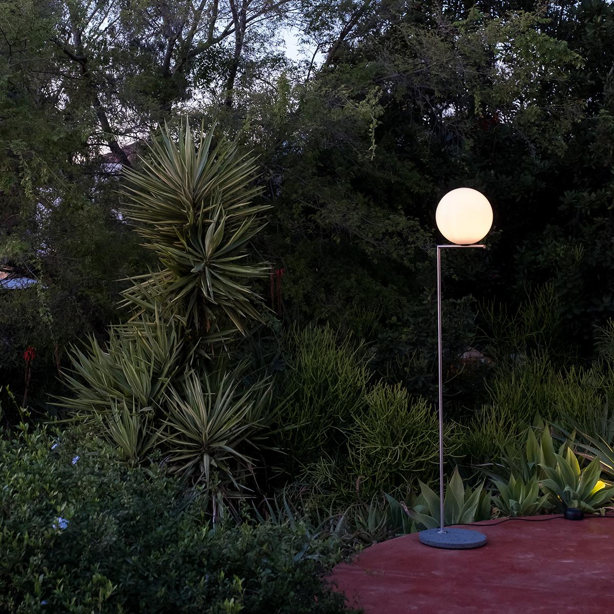 ic outdoor floor lamp
