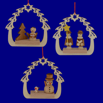 Wooden Arched Tree and Star Scene Ornaments