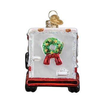 Horse Trailer Glass Ornament back
