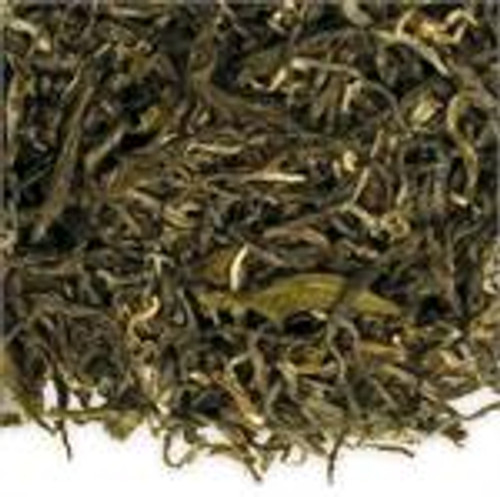 This beautifully formed Indian high-grown, white-tipped oolong has an exquisite like, buttery aroma and flavor with a clear copper color.