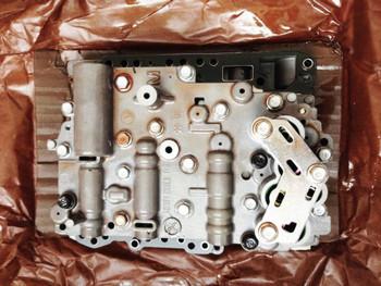 Transmission valve body Assy Solenoid 462103B011 for Kia Sorento 2009-12