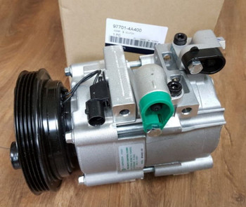 OEM AC A/C Compressor 977014A400 97701-4A400 for Hyundai Grand Starex H1 H-1