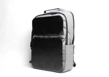 HP 17.3 Black Executive Backpack (Renewed)