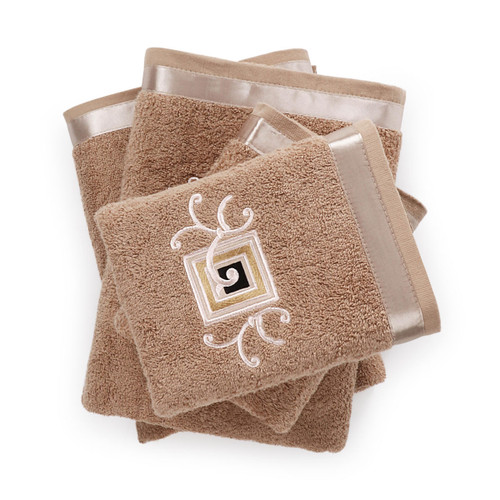 Embroidered Towel Set - 2 Hand and 2 Bath Towels