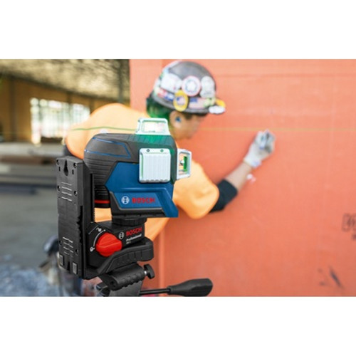 BOSCH GLL3-330CG 360 Connected Green-Beam Three-Plane Leveling and