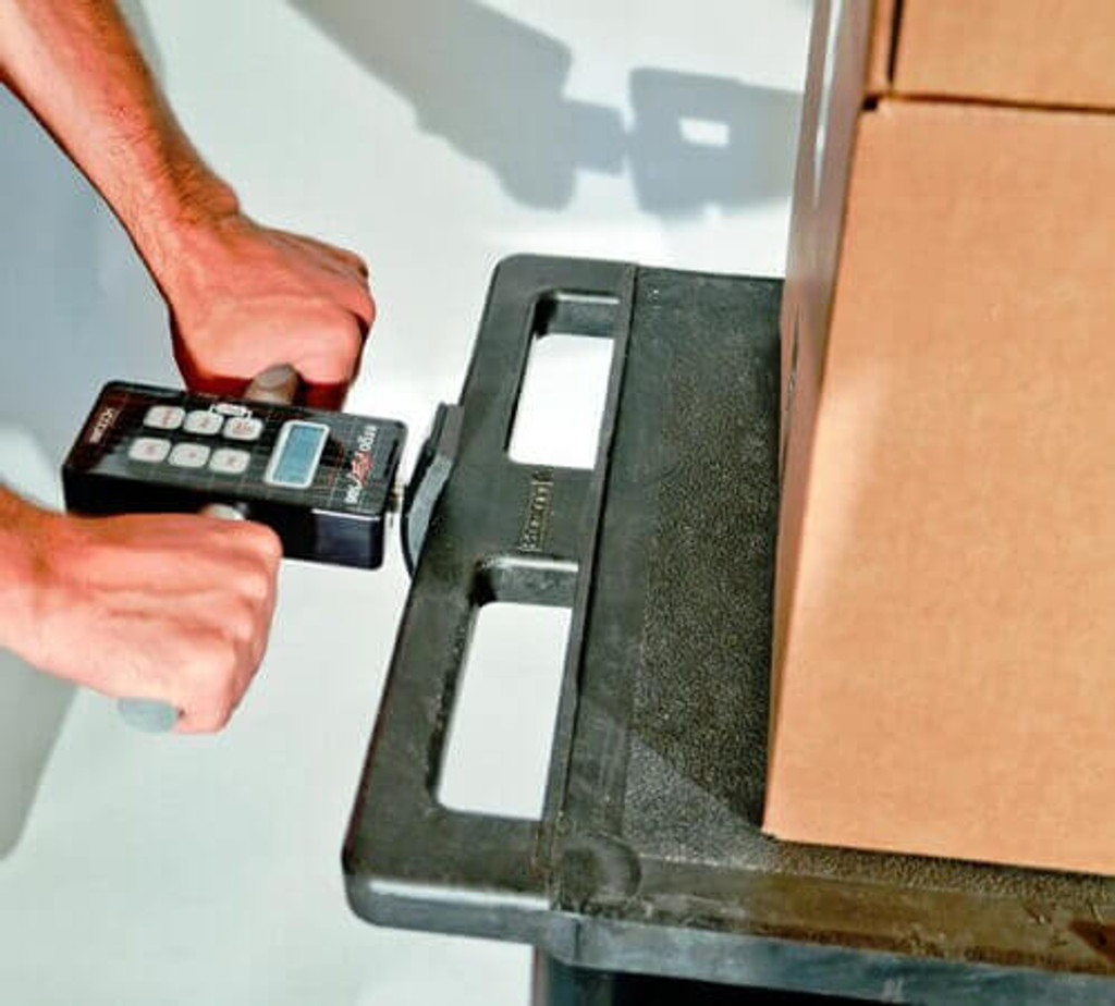 Hoggan Scientific ergoFET500 push pull force gauge in use