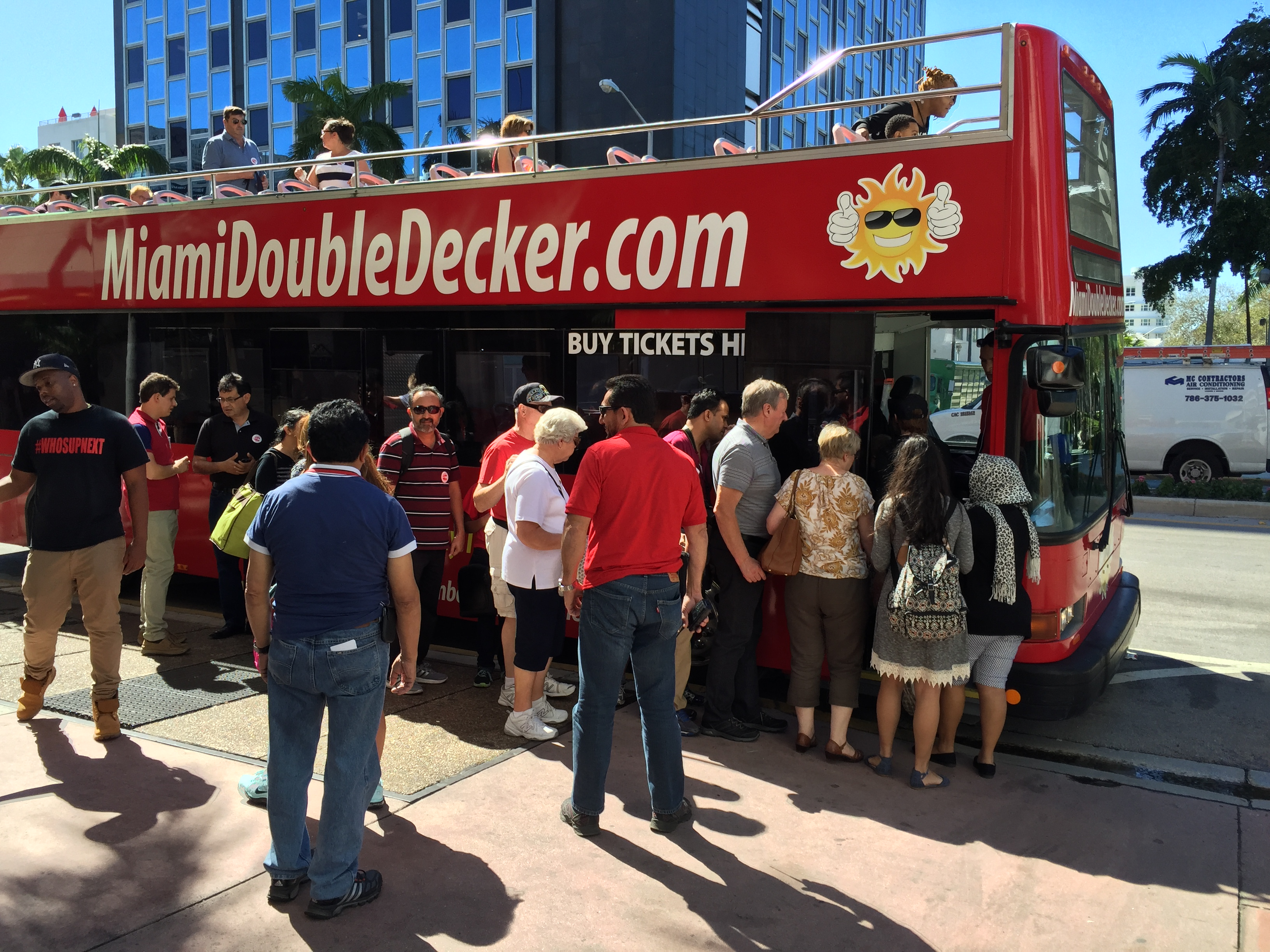 miami-bus-tours-miami-double-decker.jpg