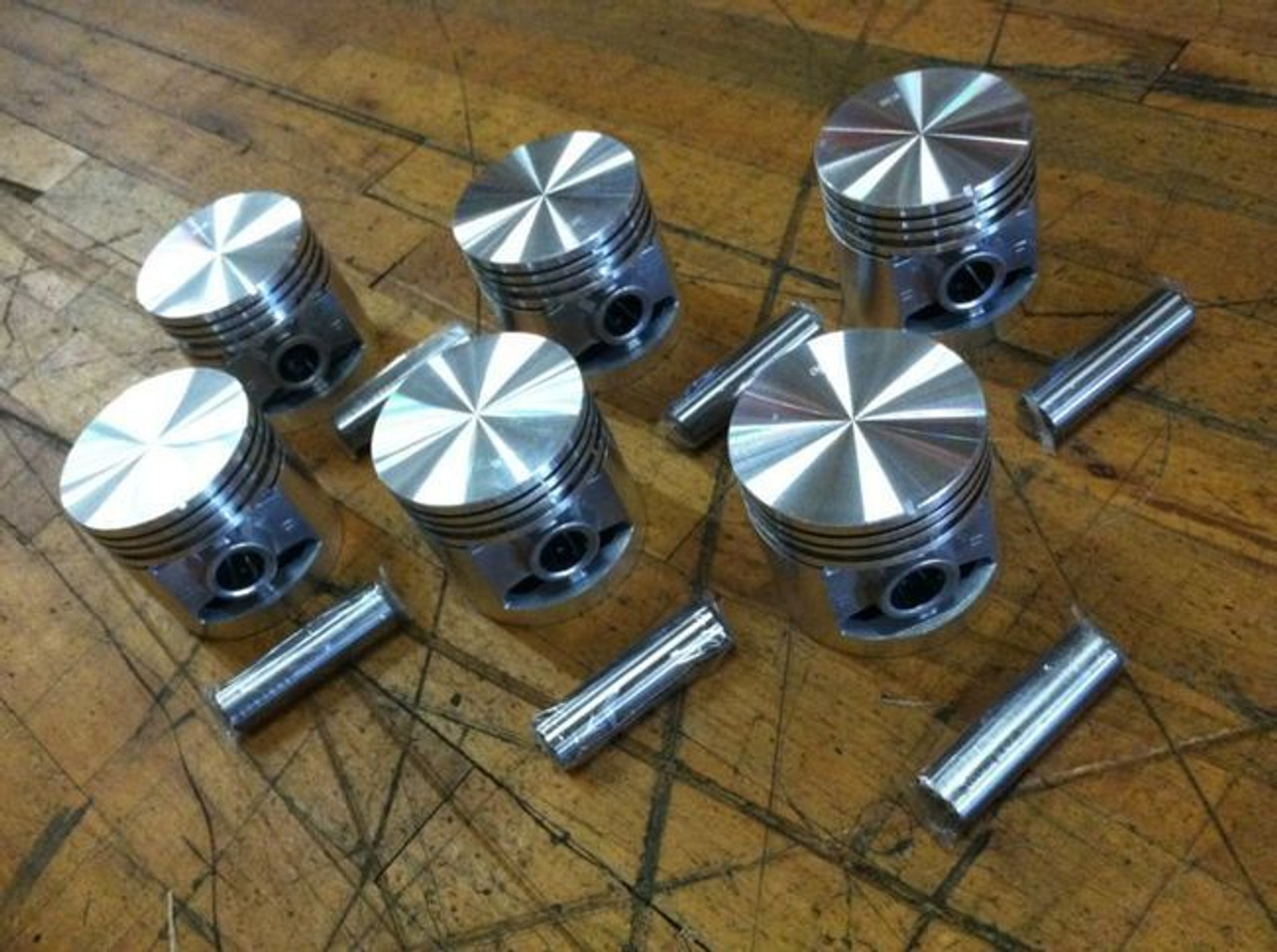 331 Cadillac  connecting rod and piston  6 available