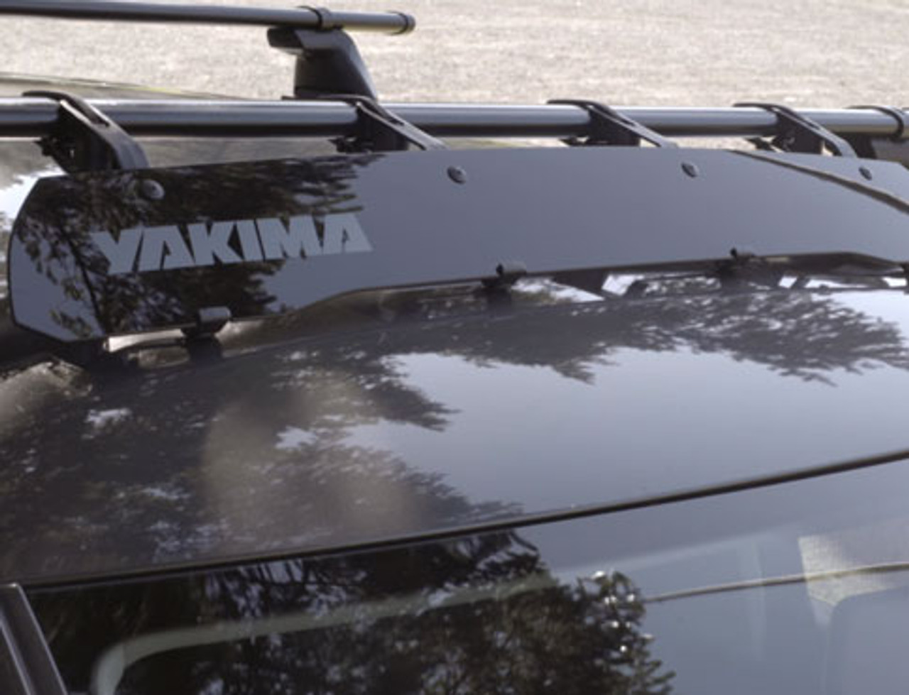 Yakima Windshield Fairing  / Wind Deflector