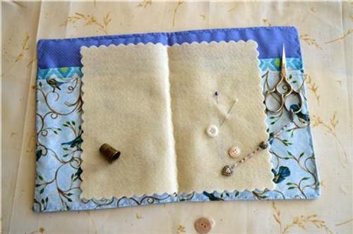 August Poppies / Country Garden Stitchery